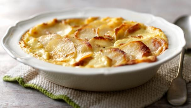 Cartofi Dauphinoise - combinația perfectă între crocant și cremos