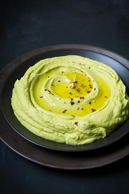 Hummus cu avocado - de post