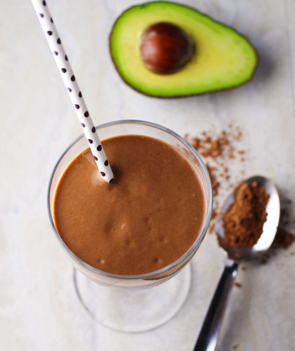 Smoothie cu ciocolată și avocado