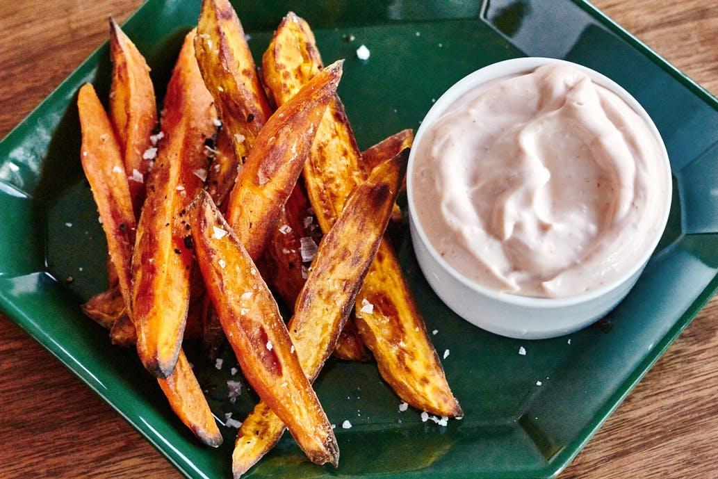 Cartofi dulci la cuptor - crocanți și aromați