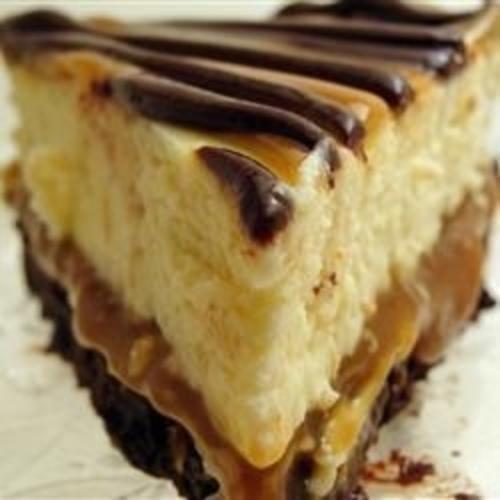 Cheesecake negresa cu caramel