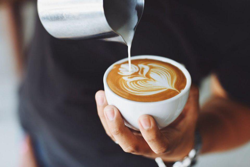 Cafeaua, o dependență sănătoasă. Ce beneficii are consumul de cafea