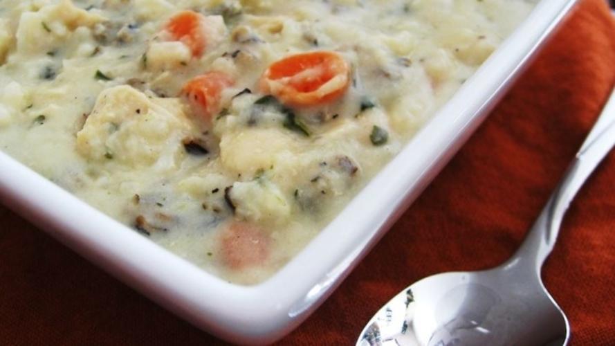 Supa cremoasa de pui cu orez salbatic