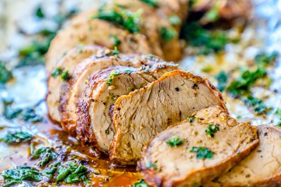 Friptură de porc înăbușită, cu muștar și usturoi