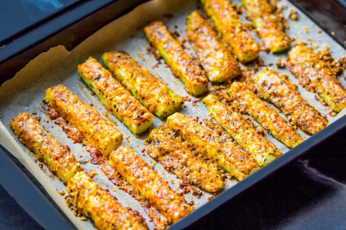 Crochete cu usturoi și brânzeturi