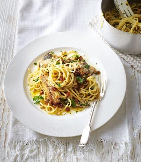 Spaghete cu sardine