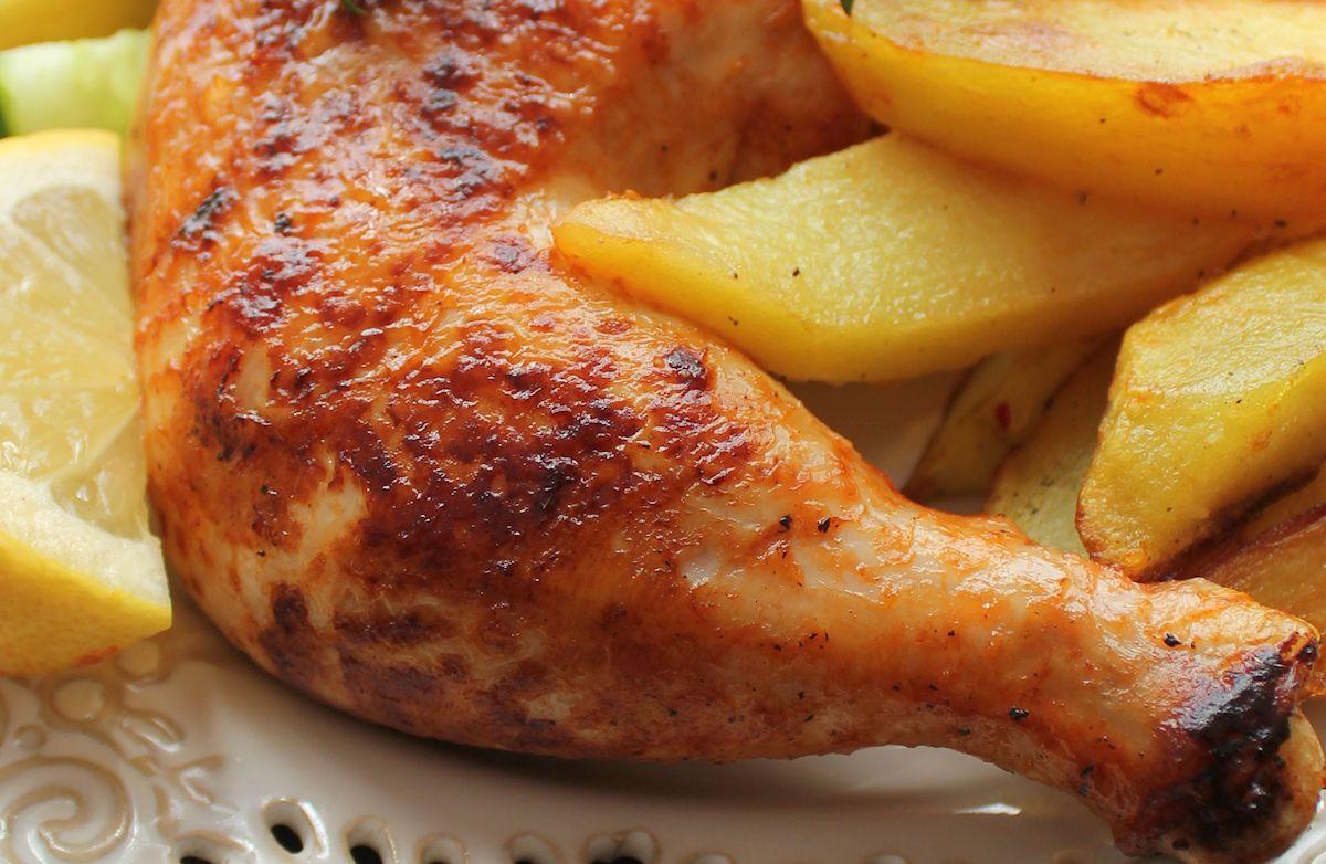 Pulpe De Pui Cu Usturoi Si Cartofi