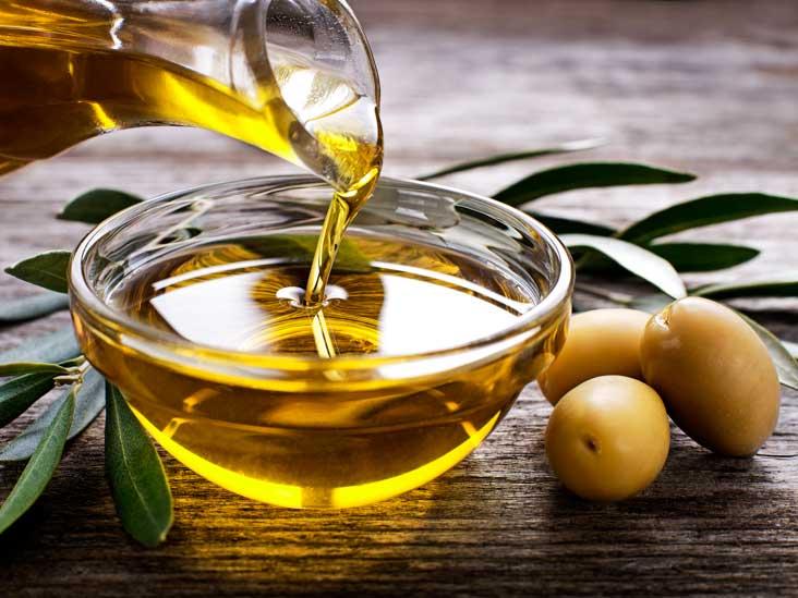 9 feluri în care poți folosi uleiul de măsline, în afară de gătit