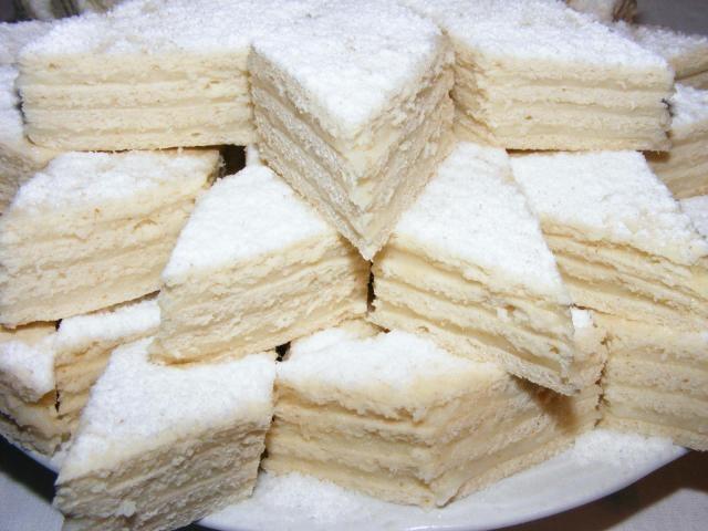 Prăjitură Albă-ca-Zăpada