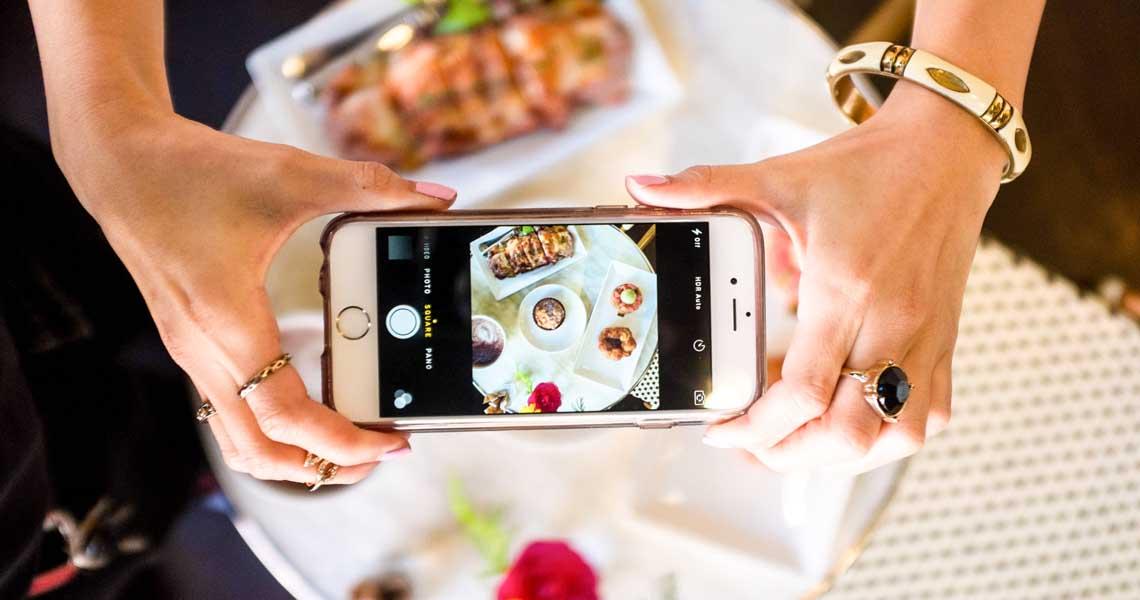 7 aplicații pe care orice iubitor de mâncare trebuie să le aibă în telefon
