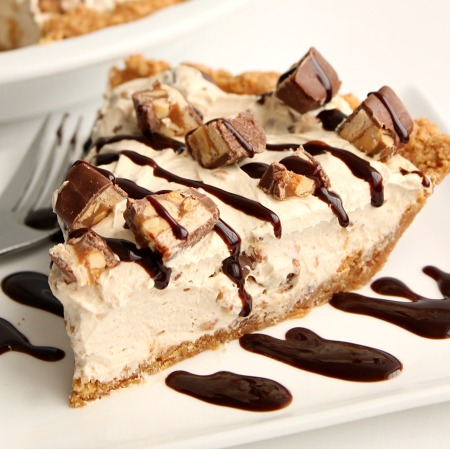 Cheesecake cu Snickers