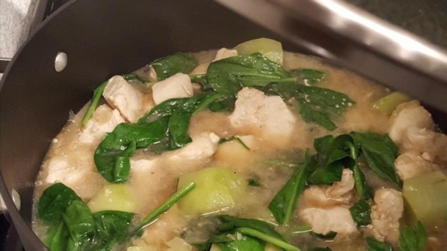Tinola de pui - supa miraculoasa