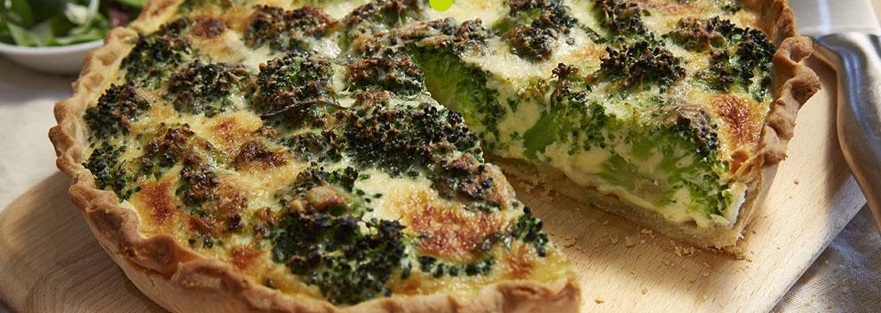 Tartă cu broccoli și brânză