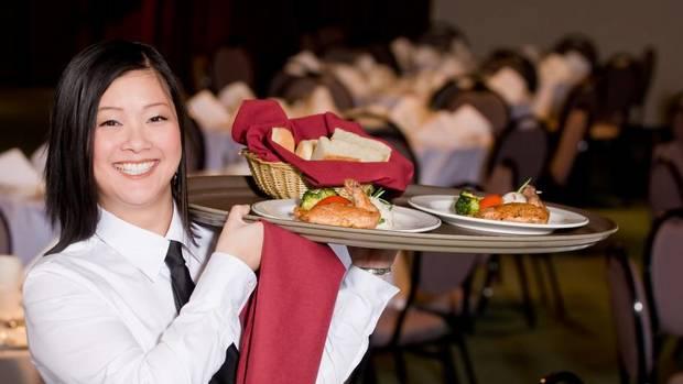 A apărut un nou concept de restaurant: muncești ca să-ți plătești consumația