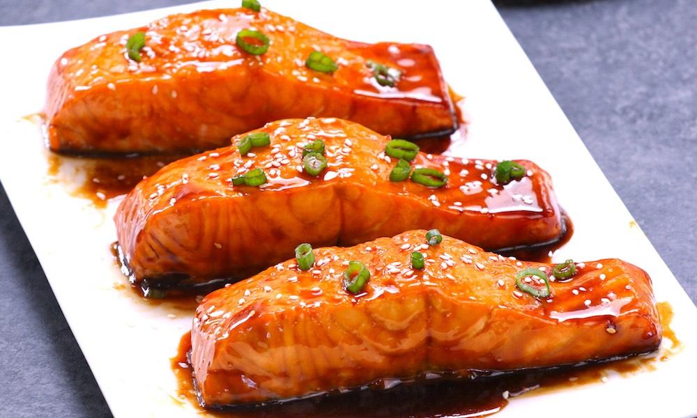 File de somon cu sos teriyaki