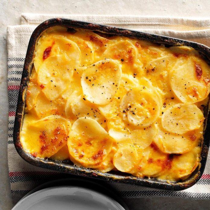 Cartofi gratinați la cuptor