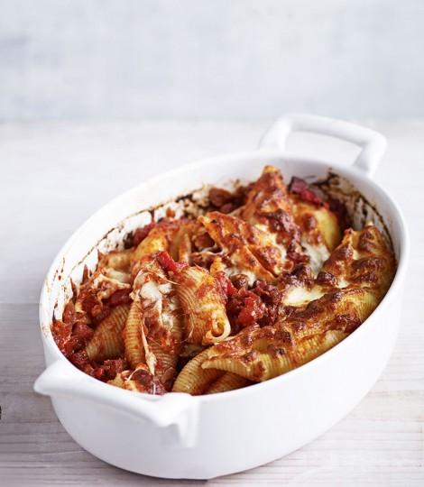 Paste Cu Rosii Si Chorizo La Cuptor