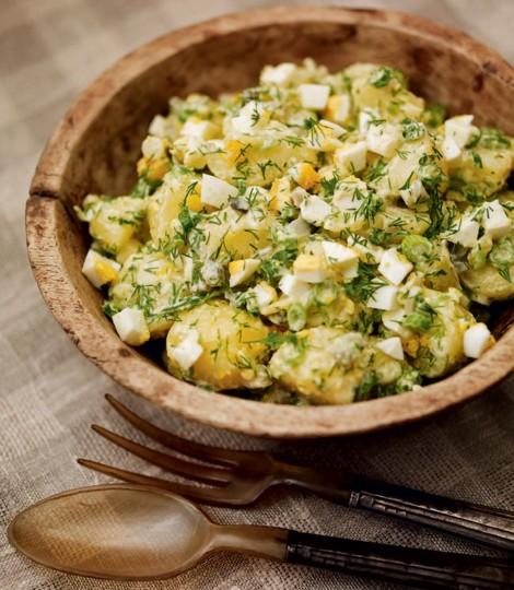 Salata de cartofi noi