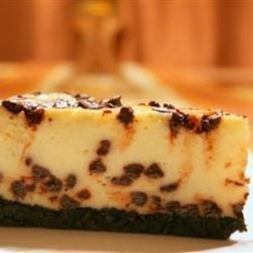 Cheesecake Cu Fulgi De Ciocolata