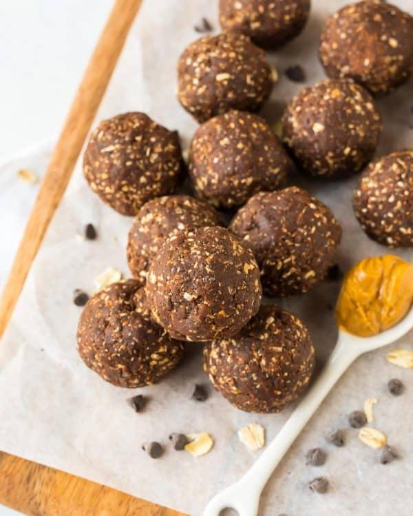 Bomboane de ciocolată și unt de arahide (fără zahăr)