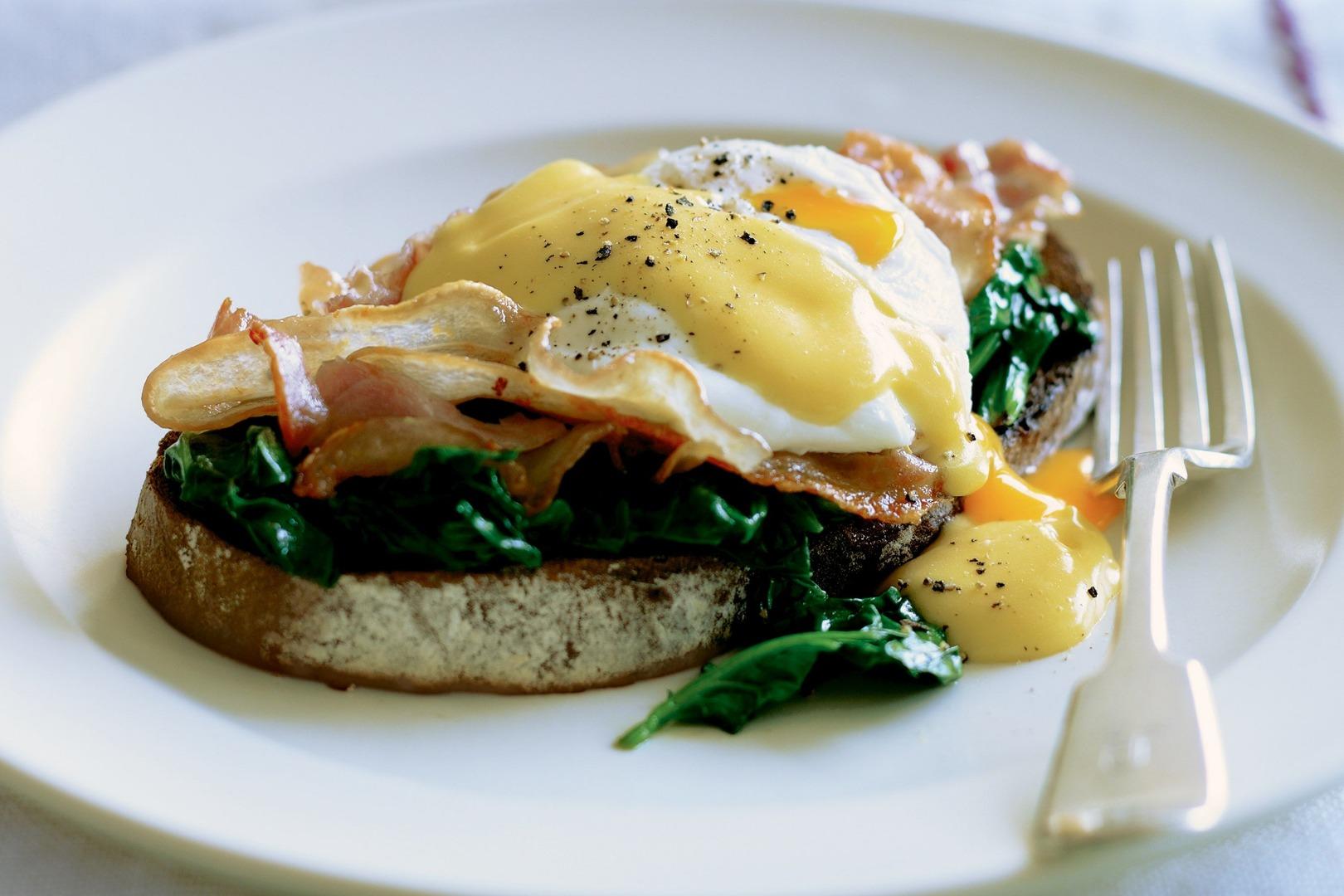Ouă Florentine - un mic dejun delicios