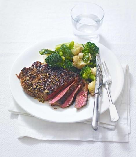 Muschiulet De Vita Cu Cartofi Si Broccoli