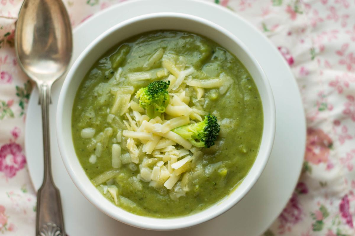 Supa De Broccoli Cu Paste