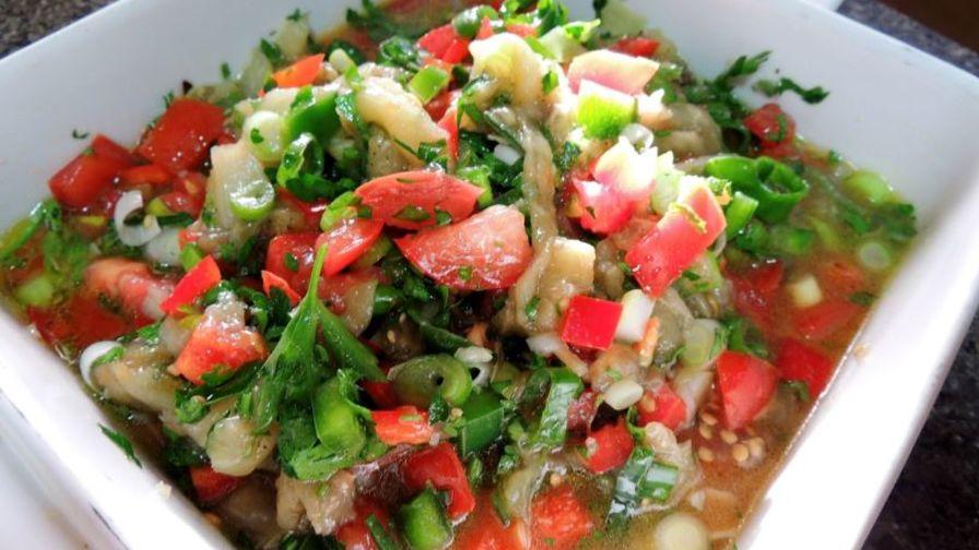 Salatit El Batinjan - salată de vinete libaneză