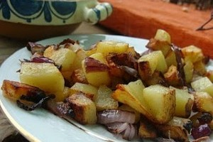 Cartofi prajiti cu ceapa