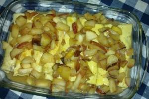 Clatite cu mascarpone si mere caramelizate