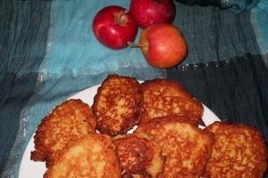 Clatite cu mere