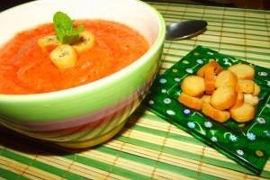 Gazpacho cu aroma de portocala