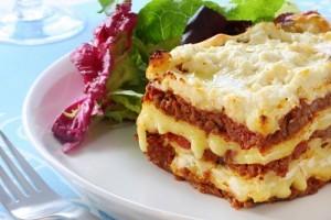 Lasagna italieneasca cu trei feluri de branza