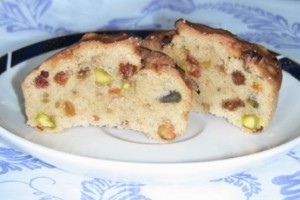 Muffin cu fructe uscate si nuci