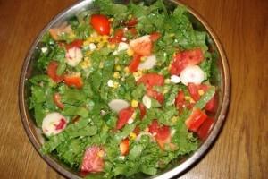 Salata de legume cu telemea