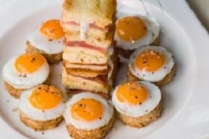 Sandvisuri cu oua de prepelita