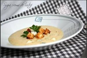 Supa crema de cartofi cu crutoane