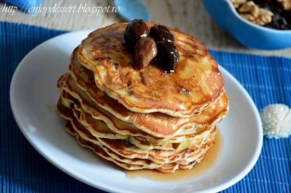 Pancakes cu ciocolata si nuci