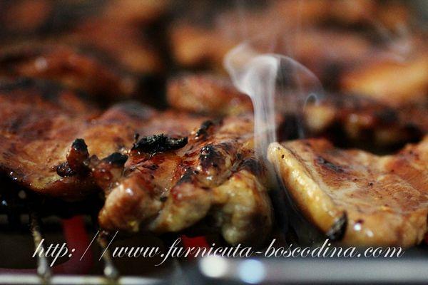 Pulpe de pui dezosate cu marinada de sirop de curmale (silan) si chilly