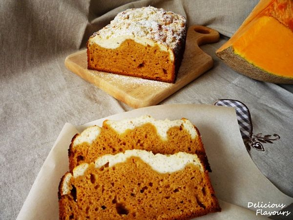 Pumpkin-cheese spice bread
