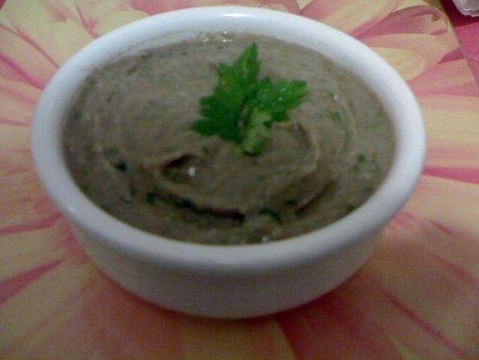 Salata de linte cu usturoi