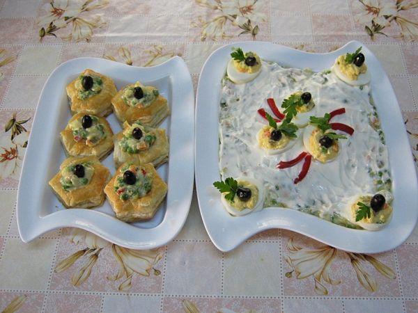 Salata ruseasca si oua umplute