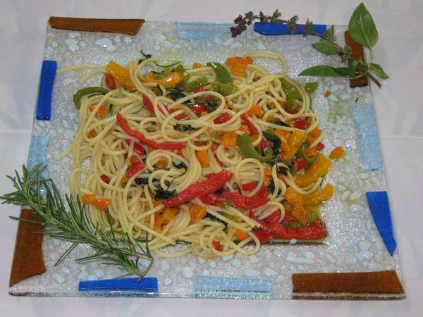 Spaghete cu ardei de 3 culori
