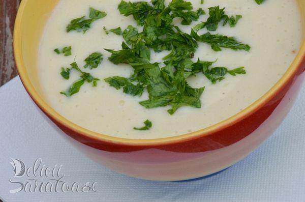 Supa crema de conopida cu lapte de migdale