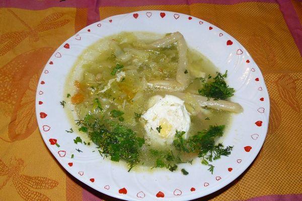 Supa de legume cu ochiuri