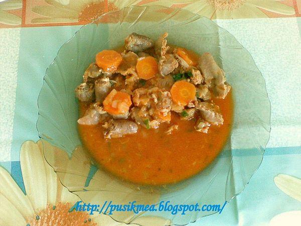Tocanita de pipote si inimi cu sos