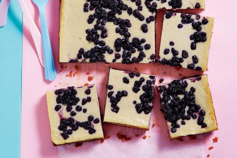 Cheesecake Cu Iaurt Si Afine