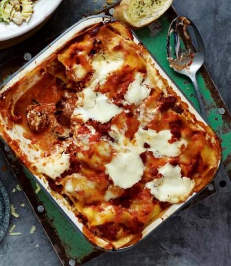 Lasagna Cu Salam Si Chiftelute