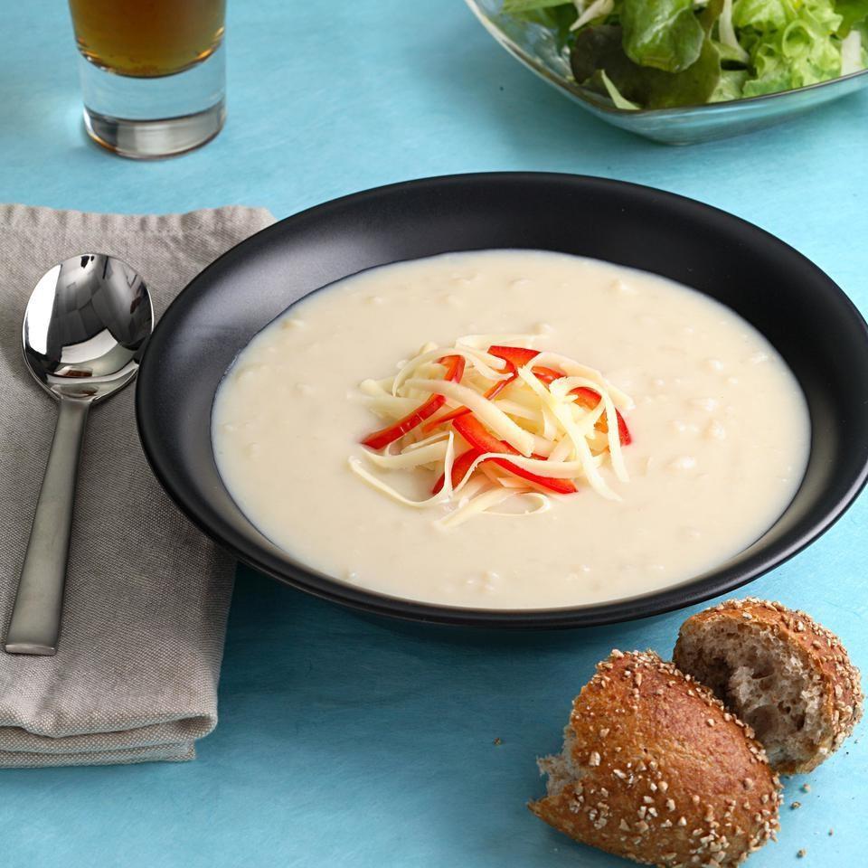 Supa Cheddar Cu Bere Ale - O Supa Ideala Pentru Iubitorii De Bere Si De Cartofi